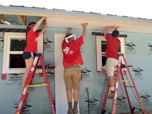 Volunteers in Moss Point (Epps Home)